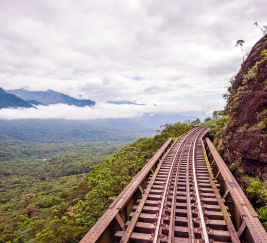 curitiba-apino-viagens-turismo-trem-parana