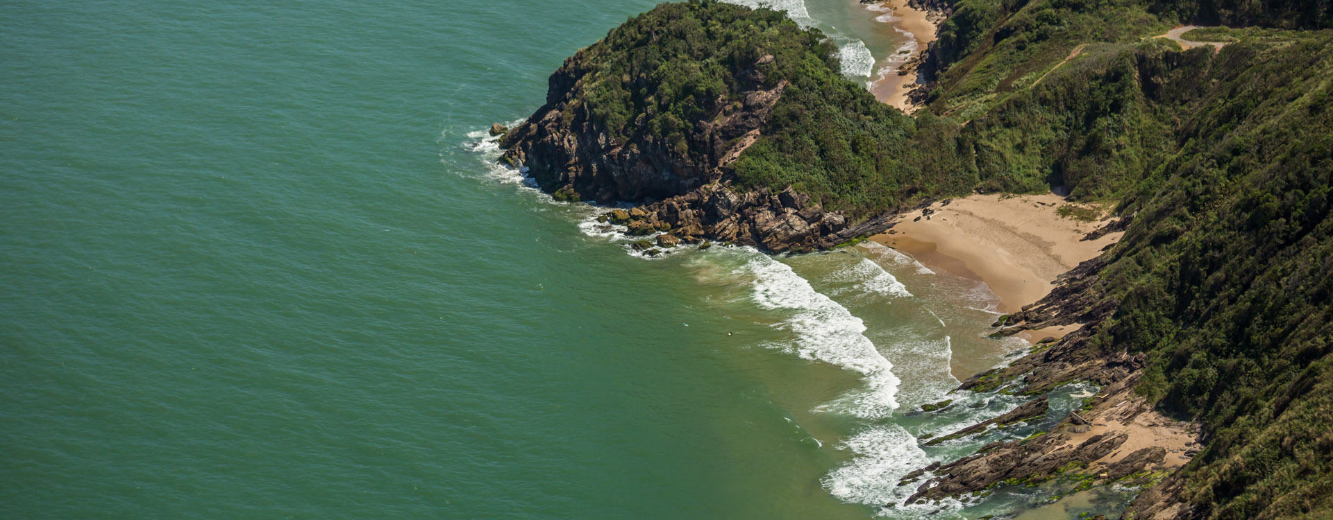costa-verde-mar-guia-apino