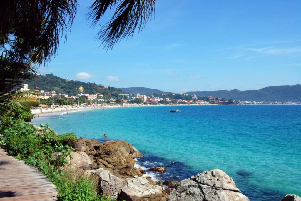 bombinhas_sc-apino-turismo-litoral-viagens